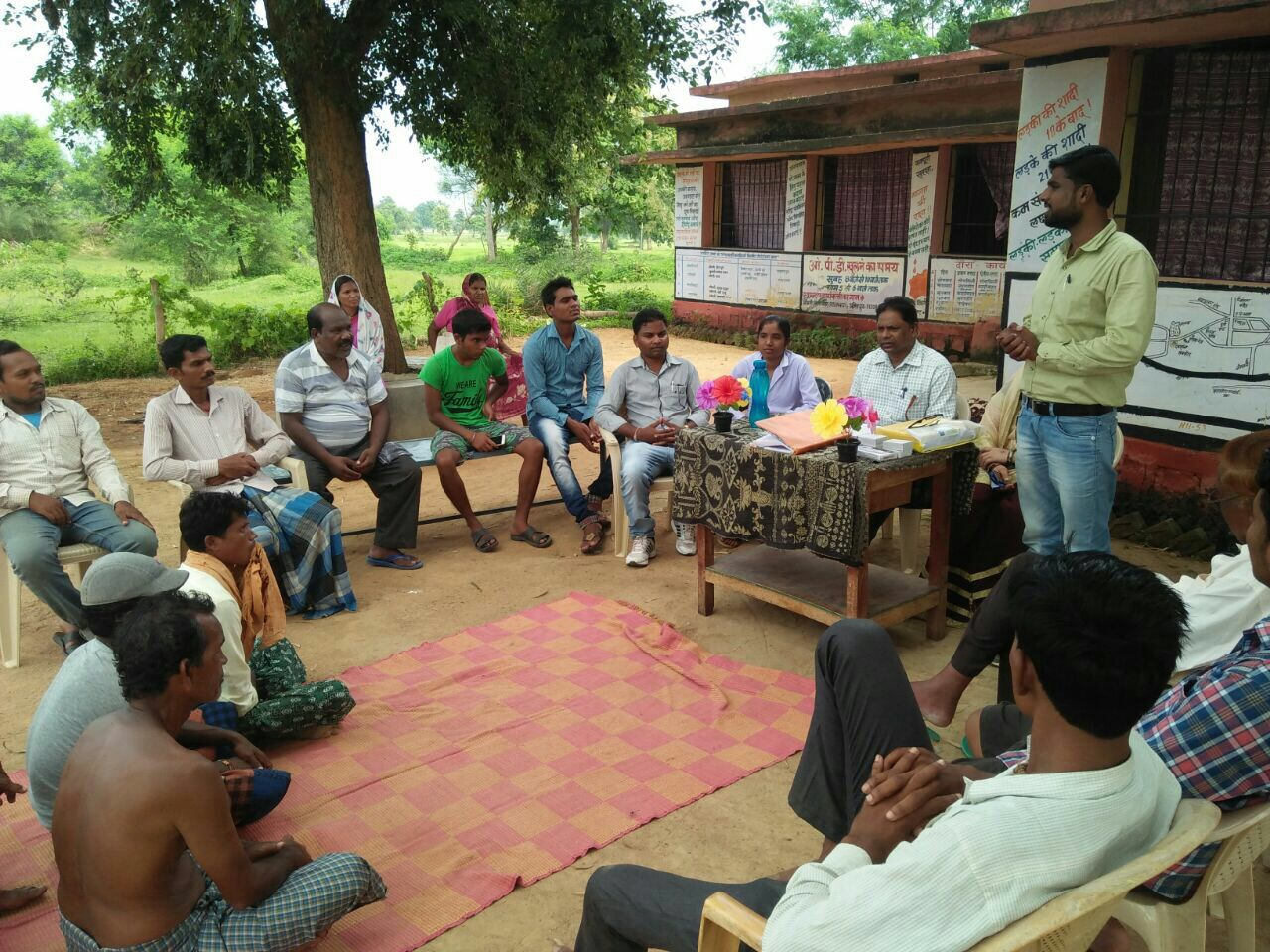 NSV <i>chaupals</i> organized with active participation of <i>mitanins</i> (ASHAs) and local role models from the community, sharing their respective stories on standing up for their families' well-being and opting for NSV.