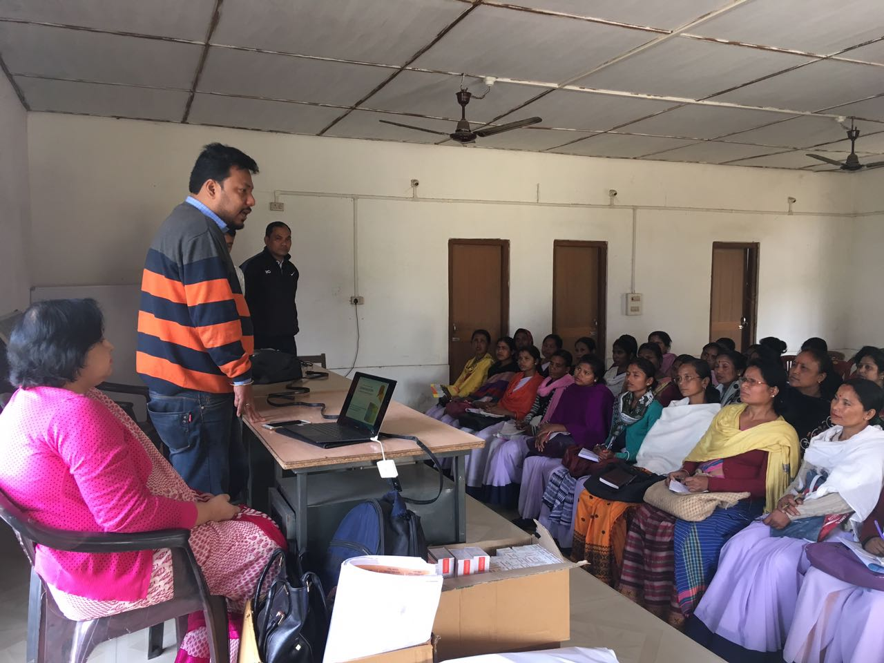 Disseminating knowledge and information on new contraceptives down to the last mile – ASHAs undergo orientation on Injectable Contraceptive and Chhaya at Dibrugarh district, Assam.