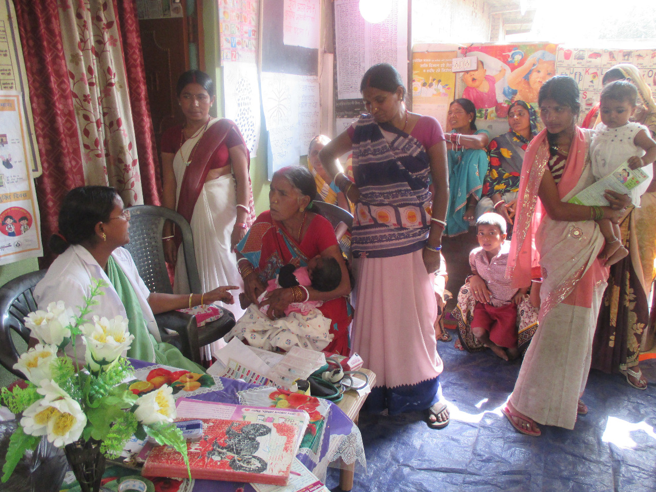 When it comes to Saas Bahu Sammelans, the momentum in Bihar is strong – this time in Vaisahali, Nawada and Arwal district, women are challenging old norms that keep them from openly discussing matters related to reproductive health.
