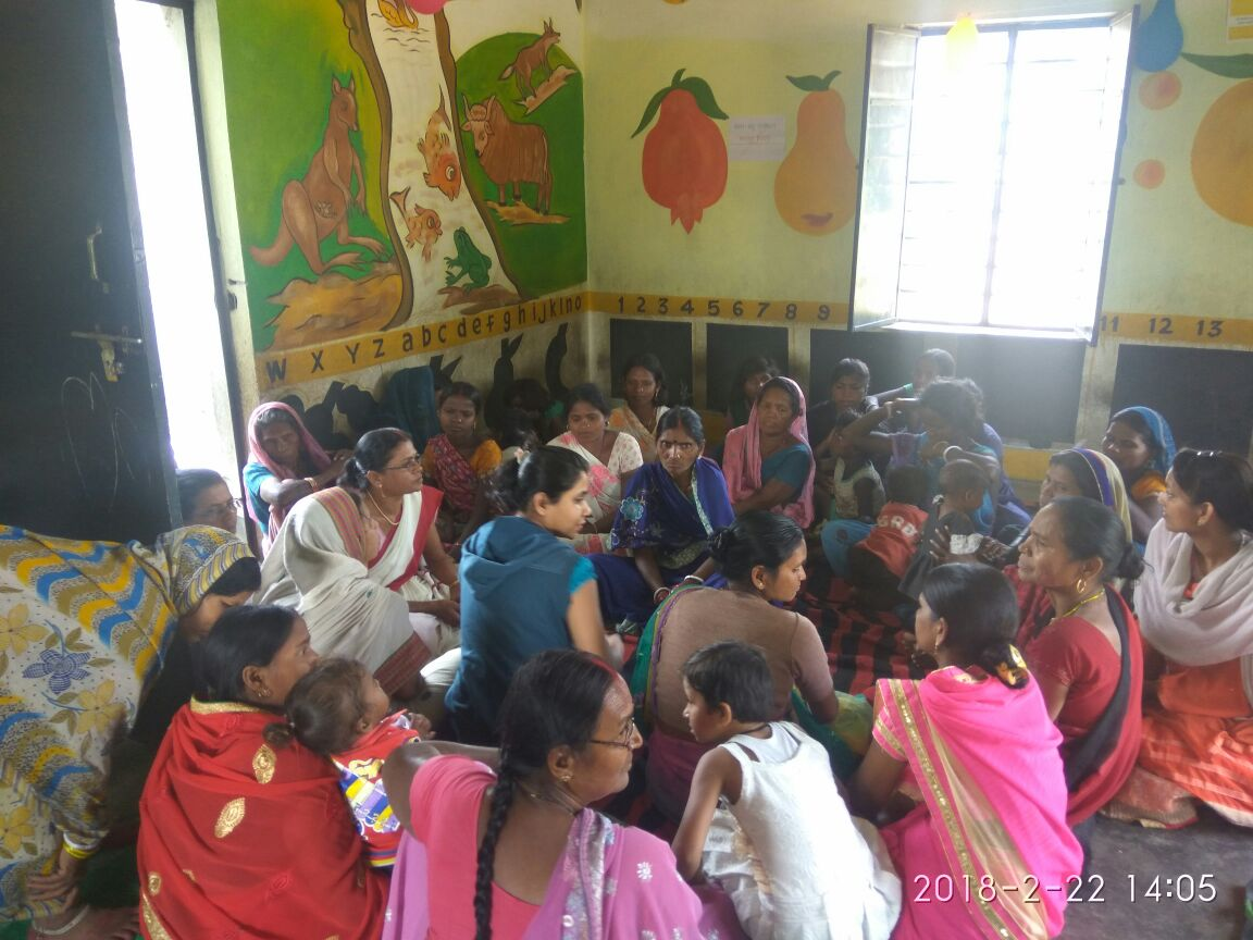 Saas Bahu Sammelan's are a hit among young women and their MILs in Bihar. This time in Gaya, women gather to freely speak on family planning and reproductive health matters.