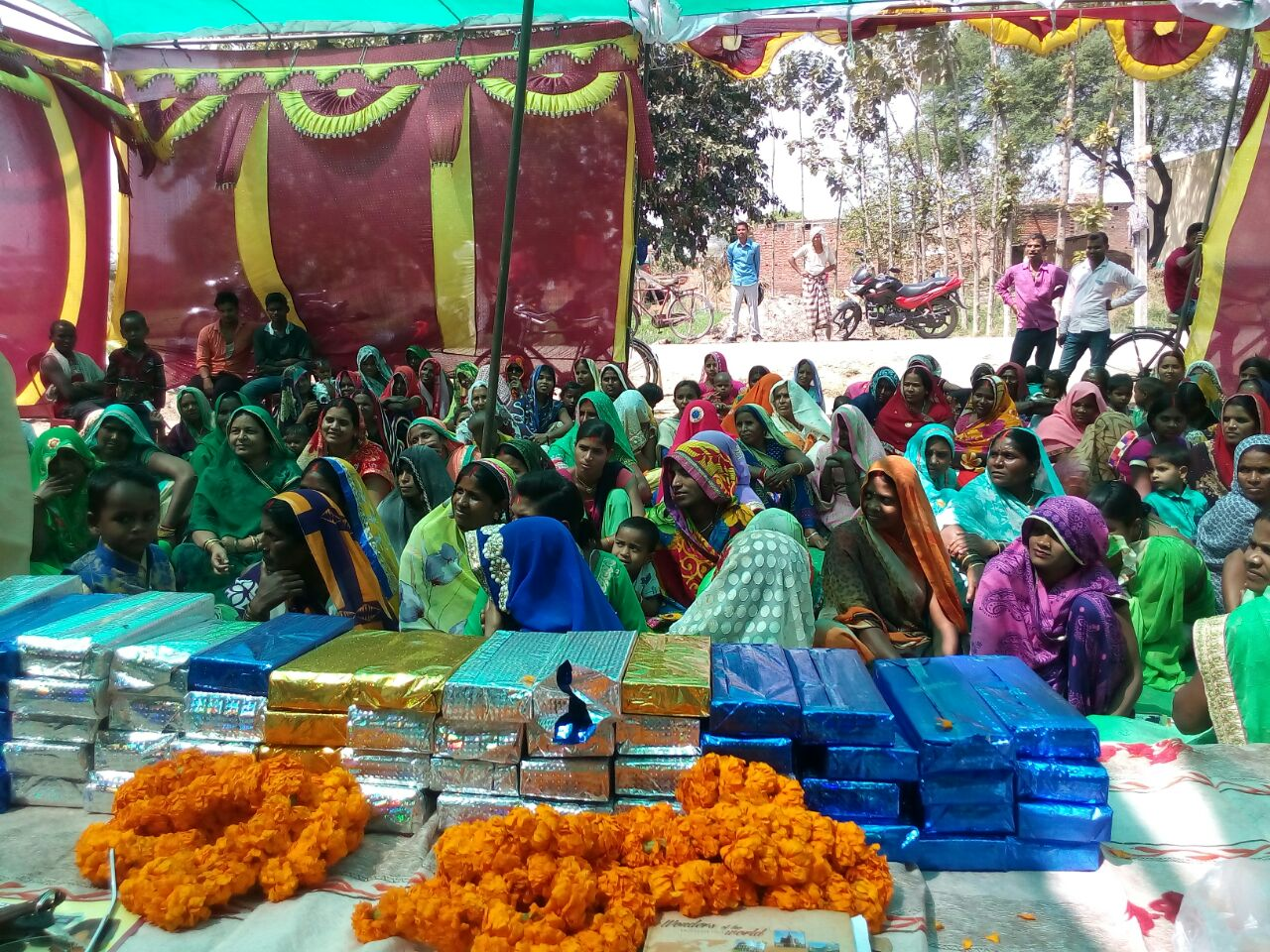 Bihar continues to take the lead in organising Saas Bahu Sammelans across districts. This time in Gildah, Narkatiaganj, Madhepura, Samastipur, Buxar and Banka.