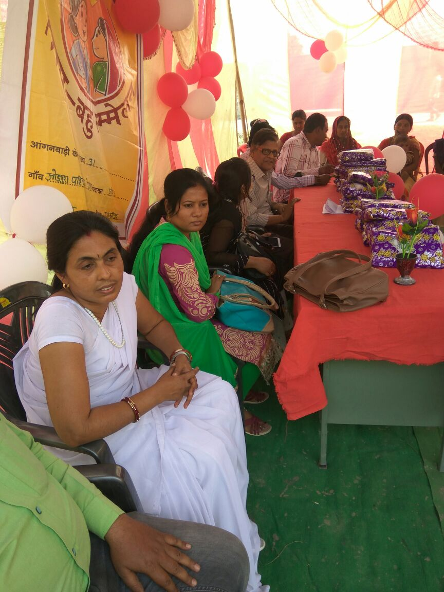 Young married women in Bihar view Saas Bahu Sammelan as a promising opportunity to freely discuss matters related to family planning and reproductive health. And this time their mother-in-laws are there to support them.