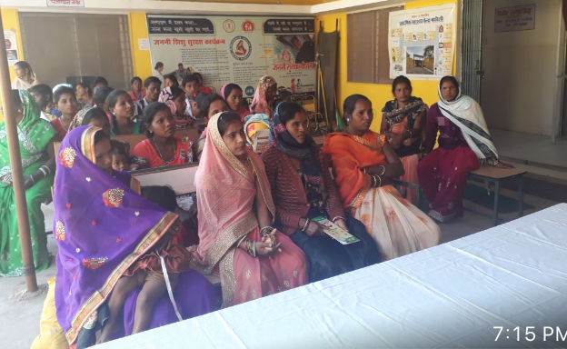 Married women in Chhattisgarh and their mother-in-laws are stepping up to gain information on family planning by actively participating in Saas Bahu Sammelans.